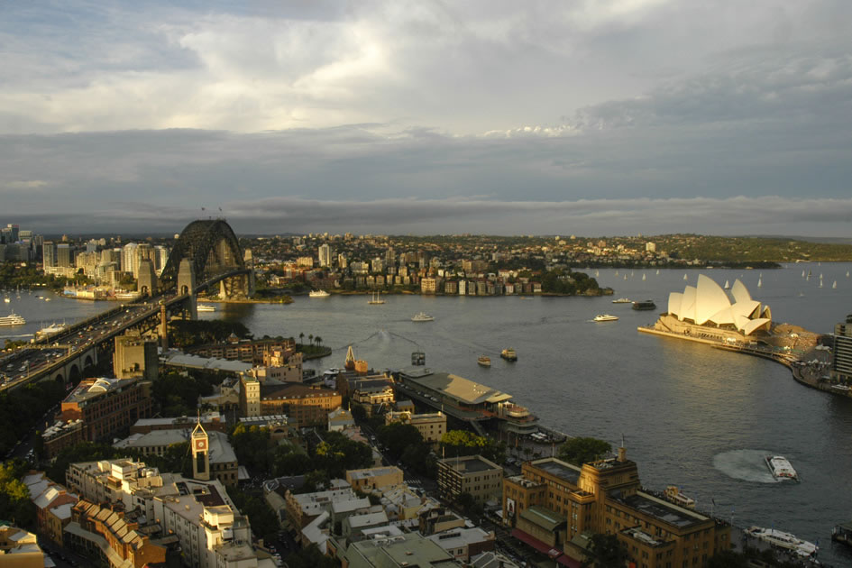 Sydney Harbor in the late afternoon