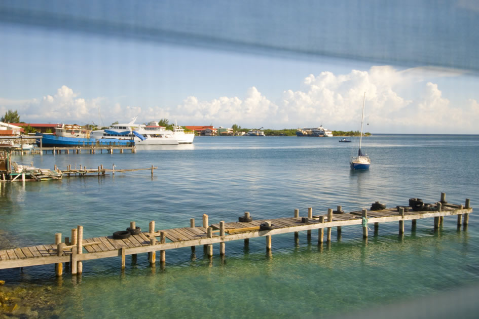 View out the window, Utila